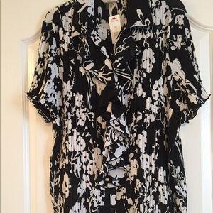 Women's button blouse black/white floral